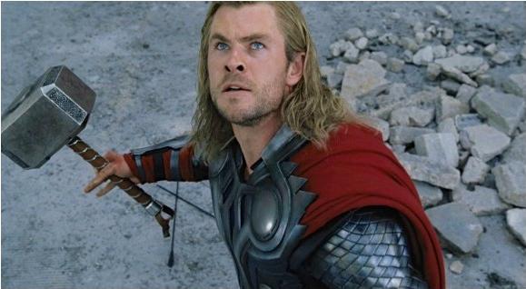 chris-hemsworth-as-thor-in-the-avengers-2012